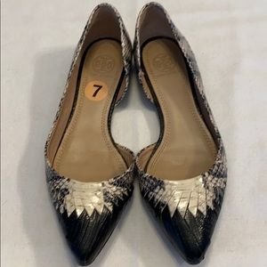 Tory Burch Sz-7 leather snake embossed flats